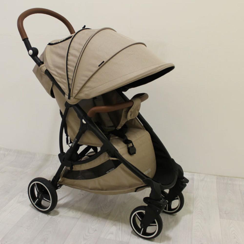 Детская коляска Baby Monsters Compact (коричневый)
