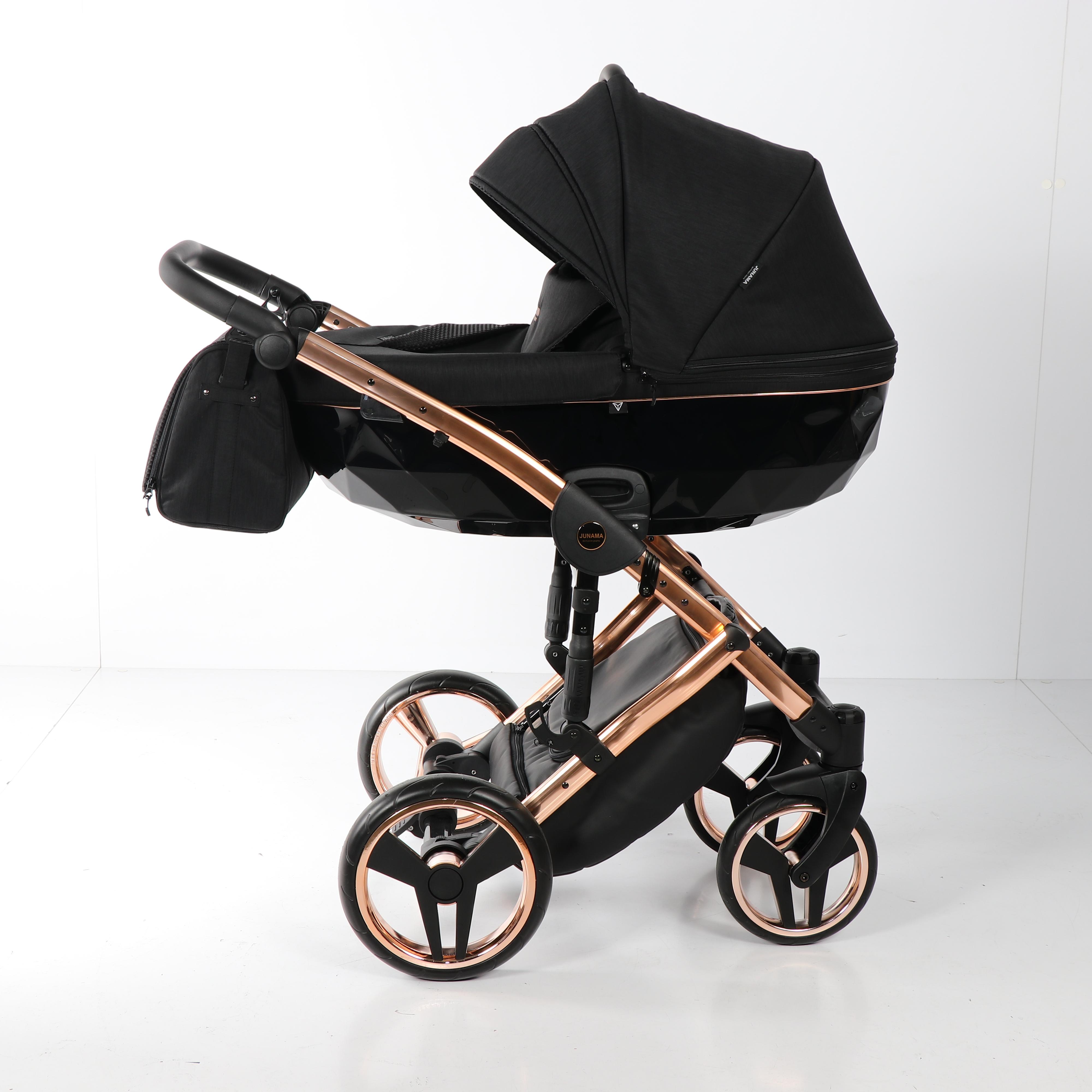 Детская коляска Junama Diamond Individual 2 в 1 (черно-золотой)