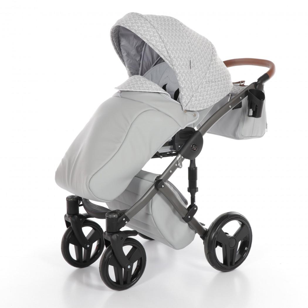 Детская коляска Junama Madena 3 в 1 (светло-серый)